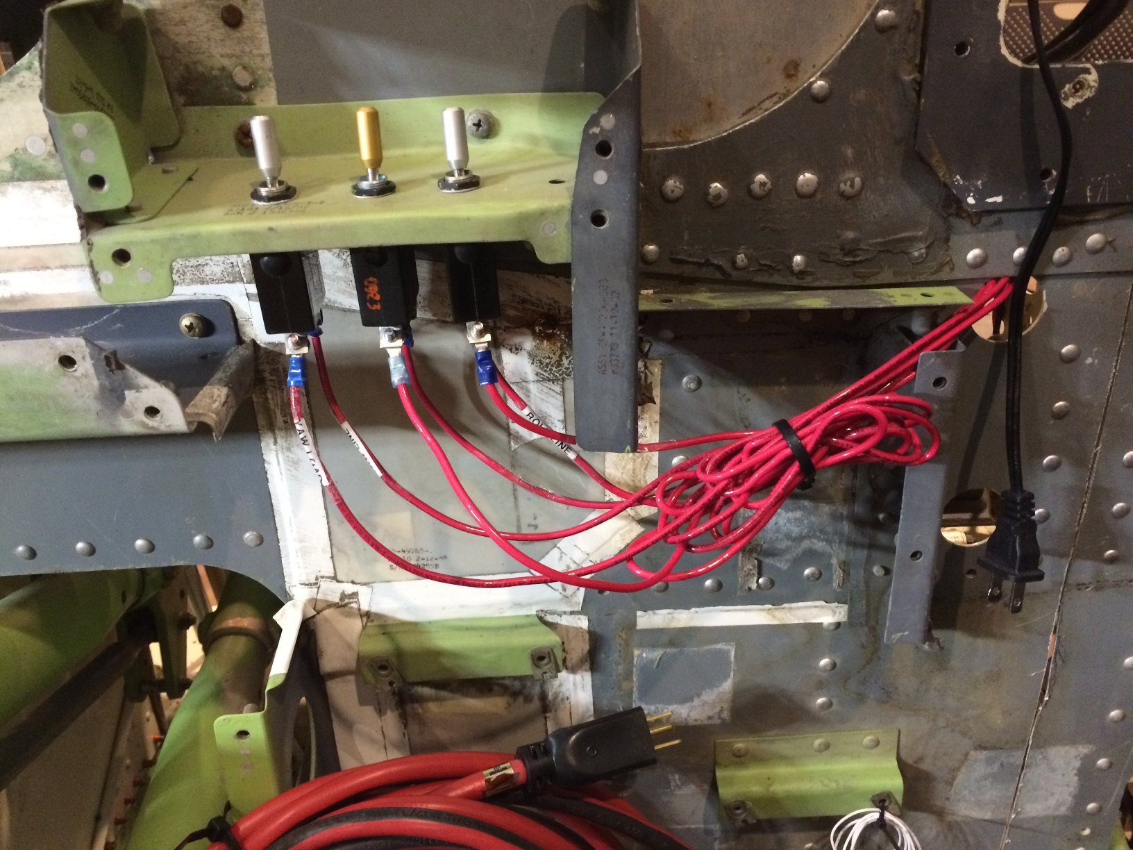 Airframe The 737ng Experience Thread How To Wire A Rotary Switch With Leo Bu0836x Board Beech Circuit Breaker Switches Re Purposed As Kill For Dynamic Control Loading Motors
